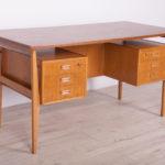 Mid-Century Freestanding Oak Desk, 1960s