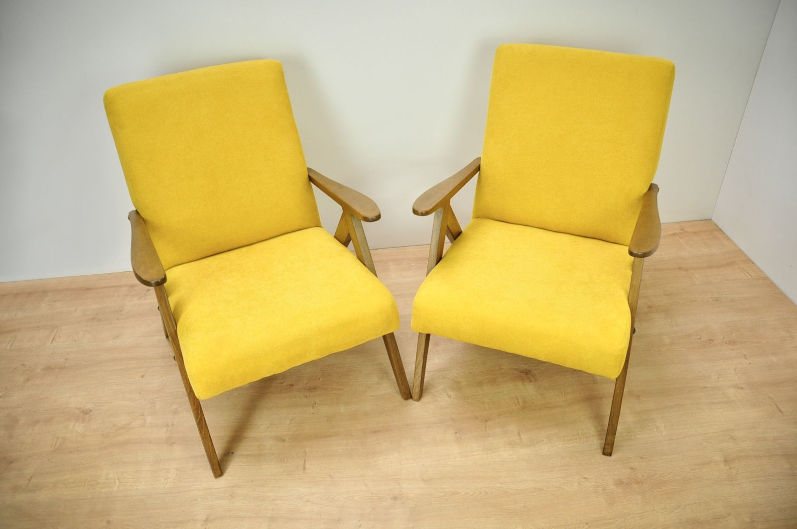 vintage-set-of-2-armchairs-b-310-var-for-radomsko-furnitur-factory1